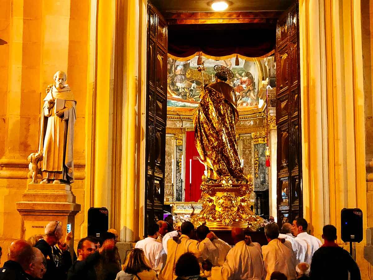 St. Joseph entering.