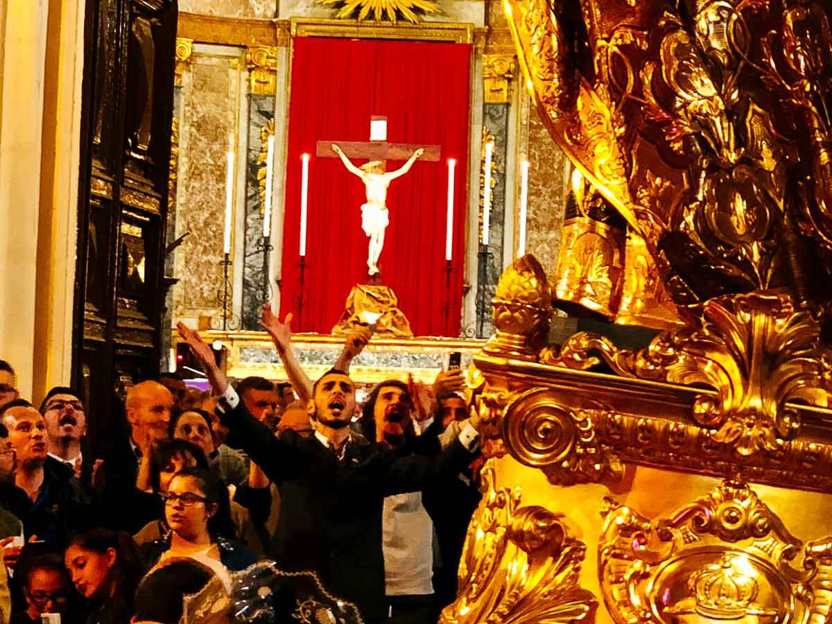 St. Joseph's worshippers.