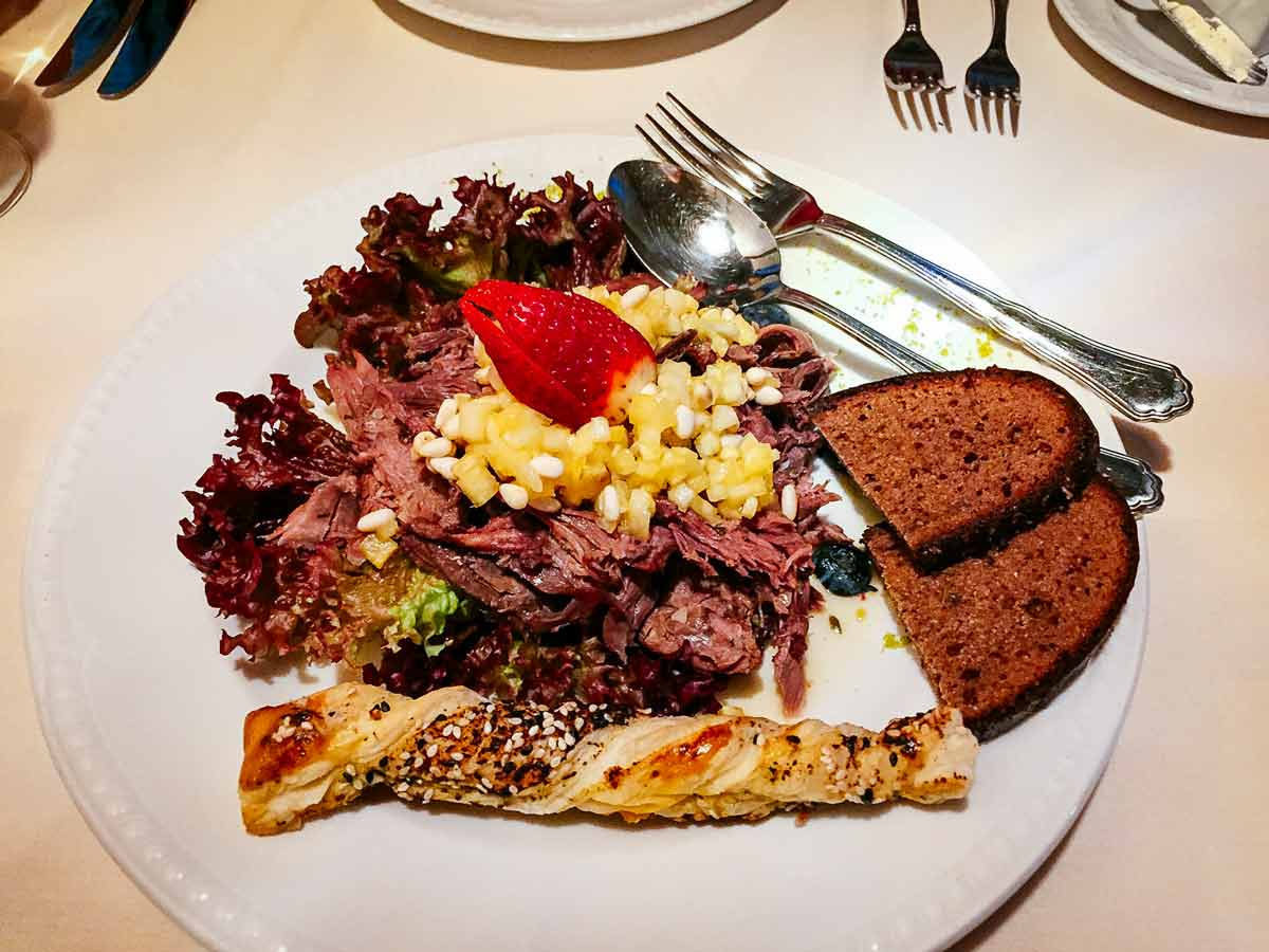 1221-restorans-beaver-salad-0114-Riga