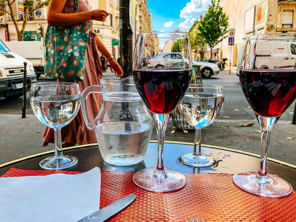 wine-parisian-cafe