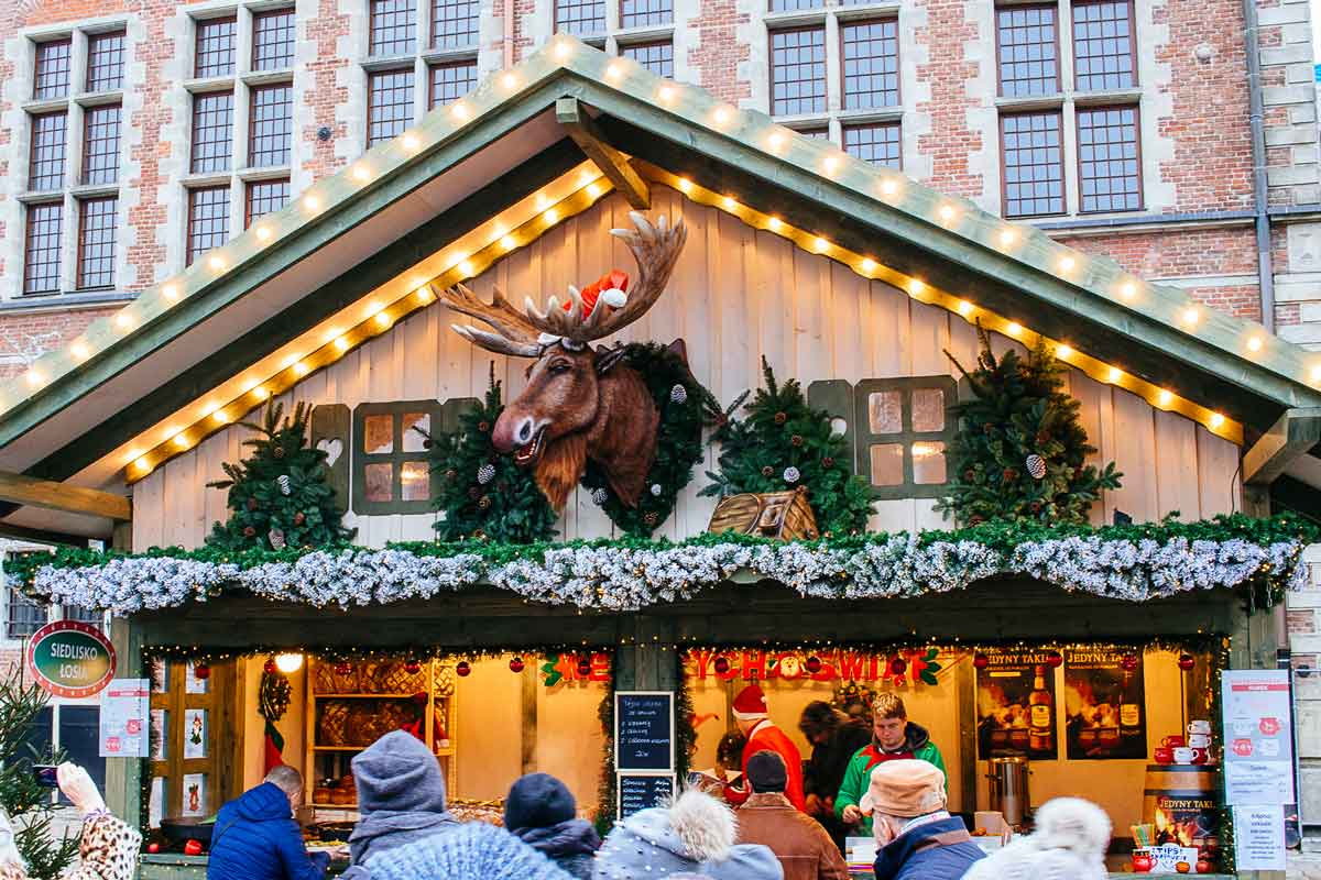 "One thing Gdańsk's market has that Riga's doesn't is a multilingual moose. ""Lucky"" speaks Polish, English, Russian and German, ""collects smiles"" and is a crowd favorite."