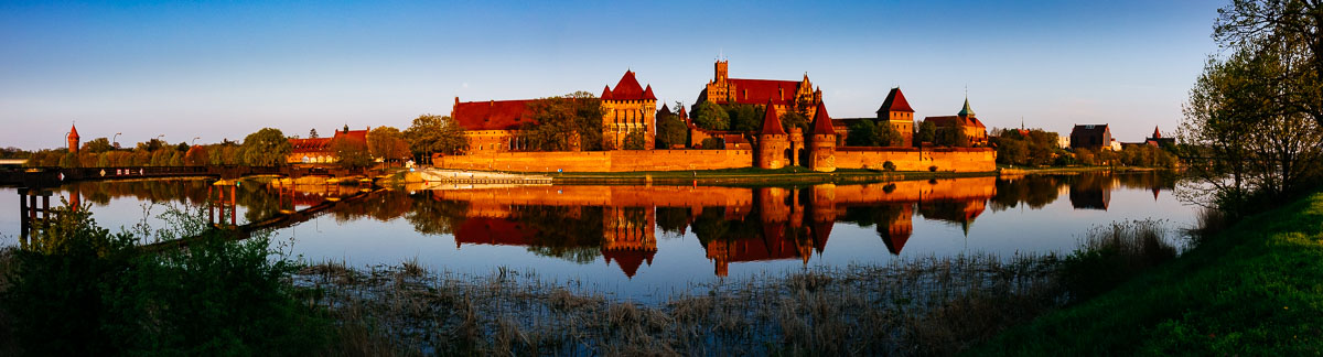 malbork-castle-sunset